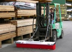Pro-Broom Deluxe Forklift Mounted Broom 72""
